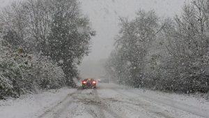 Hình ảnh 10 điều cần nhớ khi lái xe trời mưa tuyết số 3