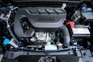 Thay đổi đáng kể hơn của Suzuki S-Cross 2016 nằm bên dưới nắp capô. Cụ thể, Suzuki S-Cross 2016 được trang bị các loại động cơ xăng BoosterJet tăng áp và hộp số mới.