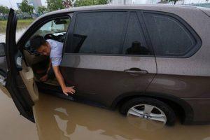 Hình ảnh Chăm sóc ôtô mùa mưa bão số 3