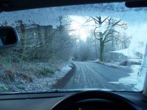 Hình ảnh 10 điều cần nhớ khi lái xe trời mưa tuyết số 2