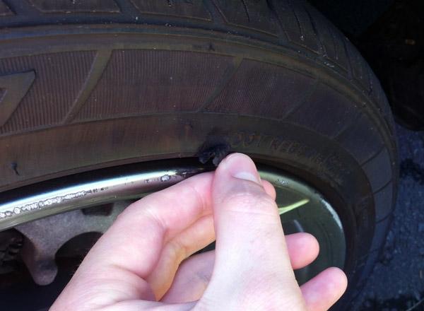 Sự cố và kinh nghiệm chăm sóc lốp