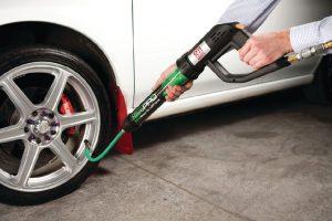 Có nên bơm lốp bằng khí Nitơ thay cho khí thường? - ảnh 1