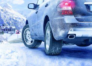 Hình ảnh 10 điều cần nhớ khi lái xe trời mưa tuyết số 1