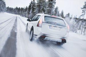 Hình ảnh 10 điều cần nhớ khi lái xe trời mưa tuyết số 6