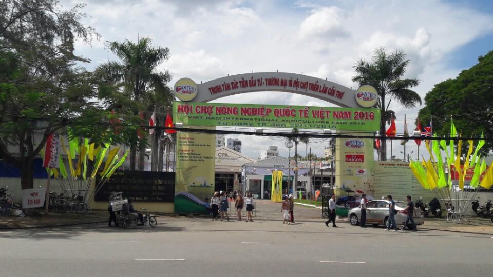 Suzuki Cần Thơ tại Hội chợ quốc tế Việt Nam 2016